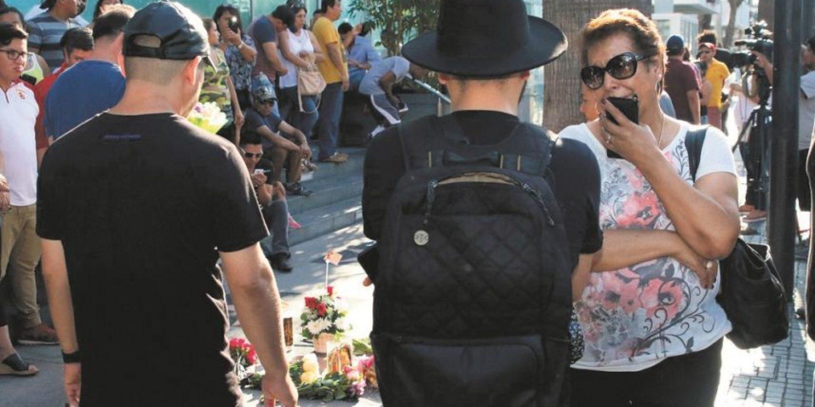 Fanáticos acudieron al lugar de su estrella en el conocido Paseo de la Fama en Hollywood, California. / Foto:Fuente externa