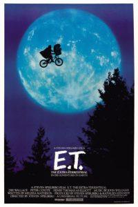 """E.T. the Extra-Terrestrial: Elliott nos parte el corazón al decirle a E.T. """"Quédate"""". ¿La respuesta? """"Estaré justo aquí"""", mientras señala su corazón. Nos confirma que esos que se van siempre vivirán en nosotros. Foto:Fuente Externa"""