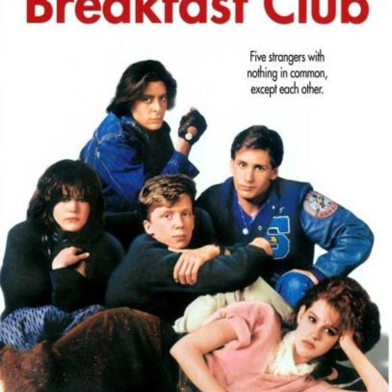 """The Breakfast Club: Amigos que llegan a nuestra vida para llenarla de lecciones. """"La despedida de estos amigos se convirtió en un referente cinematográfico en muchos otros filmes"""", dicen. La realidad es que lo que vives con alguien te une a esa persona para siempre. Foto:Fuente Externa"""