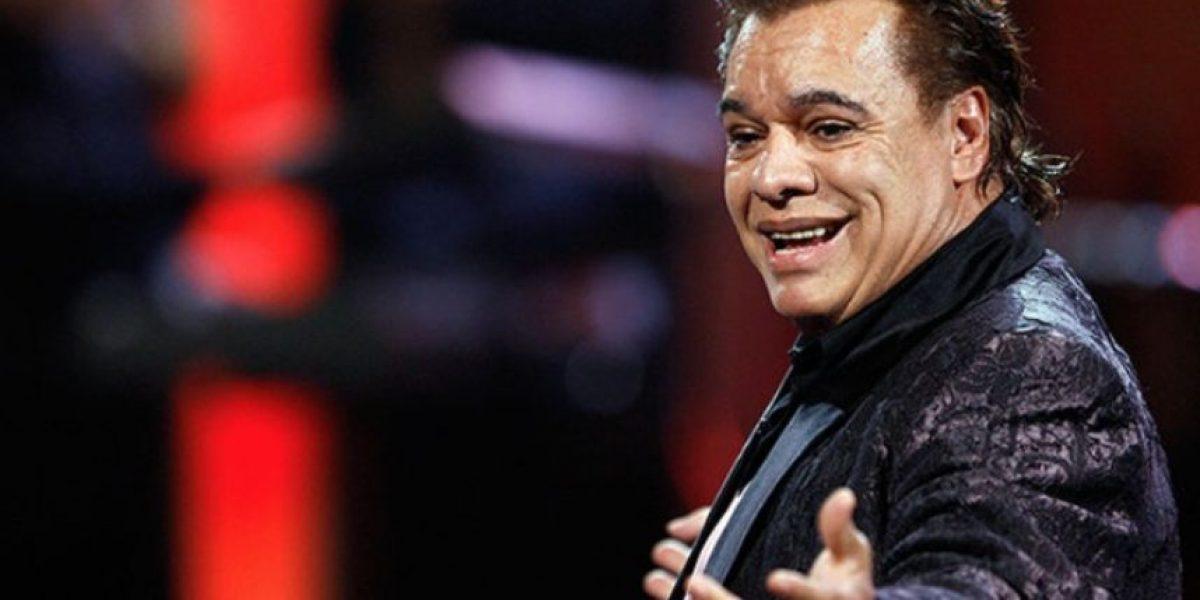 Descubren extraña luz detrás de Juan Gabriel en su último concierto