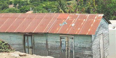 En Arroyo Cano aún quedan casas en pésimas condiciones. Foto:Ellizabeth Martínez