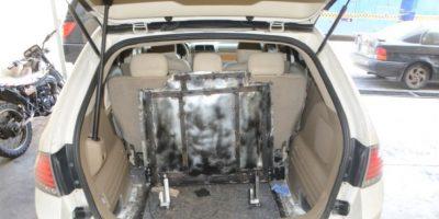 DNCD apresa a un hombre en SDE con más de 30 kilos de droga en su vehículo