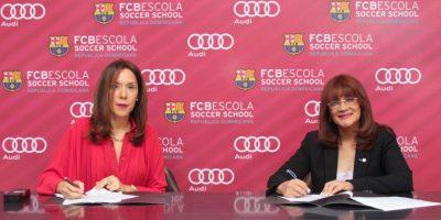 Realizan alianza estratégica entre Audi RD y la FCBEscola
