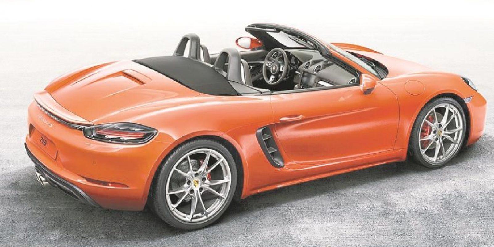 El diseño de este deportivo es alucinante, además de que todo forma parte de un concepto aerodinámico. Foto:porsche