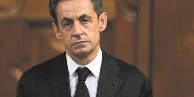 Fiscalía francesa pide enjuiciar al expresidente Sarkozy