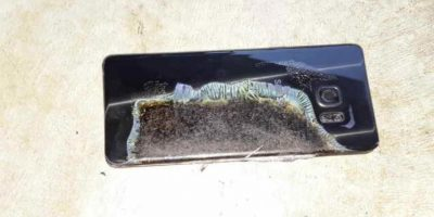 Este es el celular. Foto:Imgur/Crushader