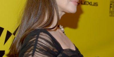 Mónica Bellucci sorprende con desnudo a los 51 años