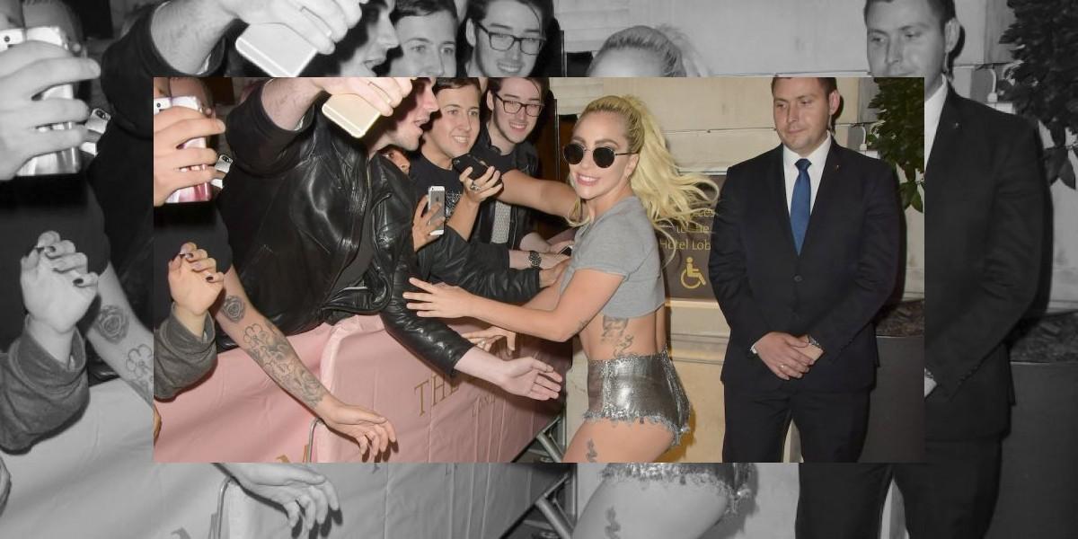 Lady Gaga mostró de más con su escote de estilo