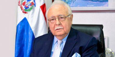 Ministro Isa Conde critica bajos salarios