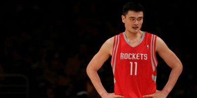 Rockets retirarán la    camiseta de Yao Ming