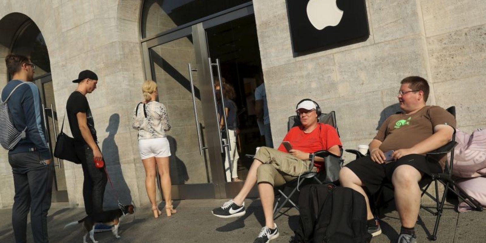 Getty Images Foto:Fans de la empresa ya esperan en Berlín