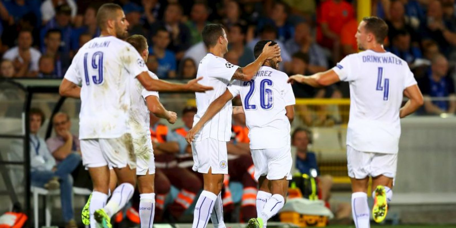 El mejor jugador de la pasada Premier League anotó dos goles en la victoria de Leicester por 3 a 0 ante el Brujas Foto:Getty Images