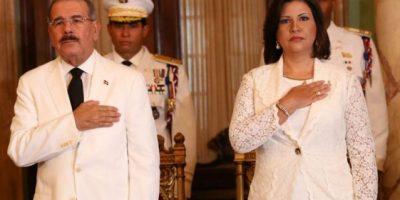 Presidente y Vicepresidenta entregan declaración de bienes Cámara de Cuentas