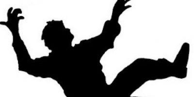Hombre muere al caer de espalda tras ser abofeteado en una discusión