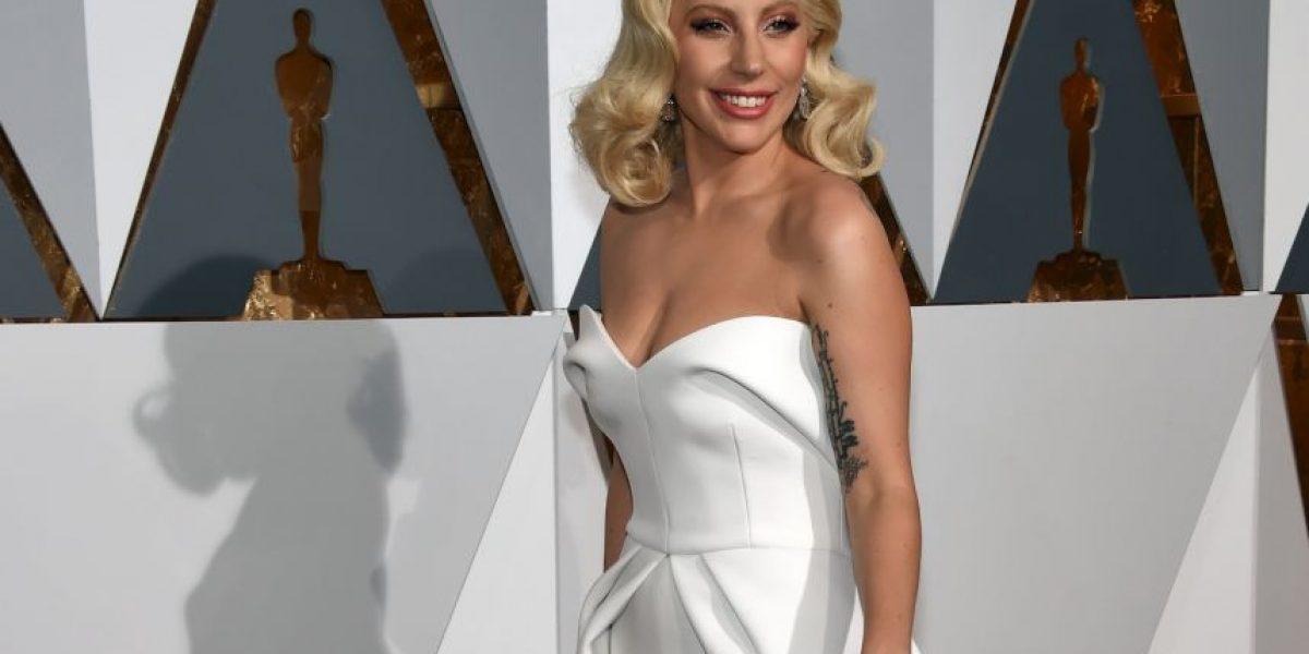 Lady Gaga estrena nariz y es criticada por sus fans