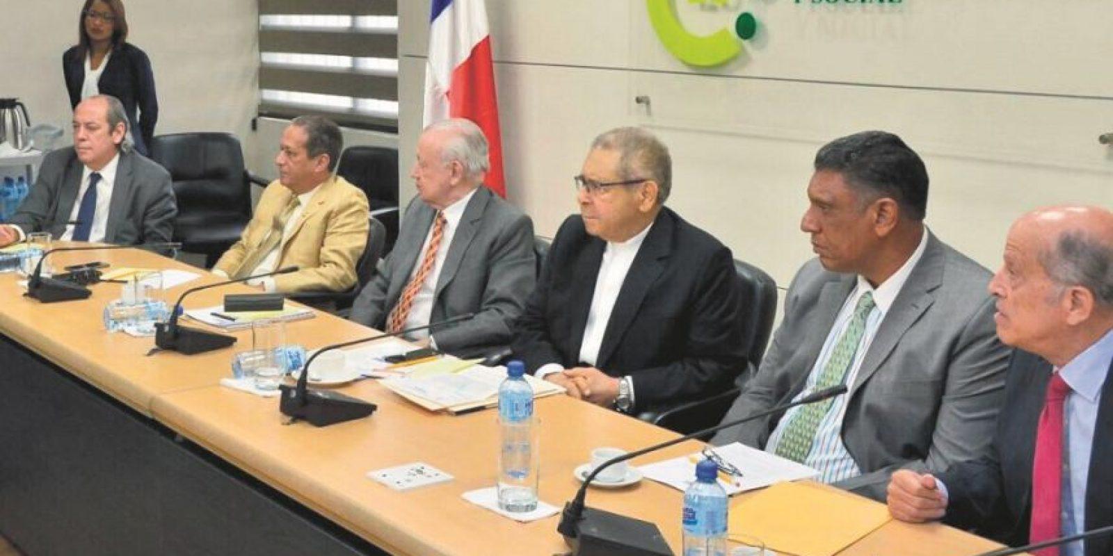 La reunión se realizó en la PUCMM, sede del Consejo Económico y Social (CES). Foto:Fuente externa