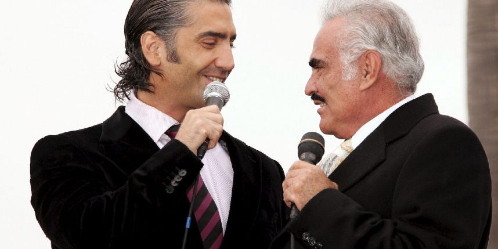 Vicente Fernández tiene 76 años Foto:Getty Images