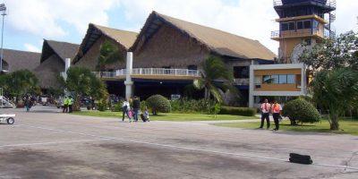 Apresan dos hombres viajarían con bolsitas droga en estómagos en Punta Cana