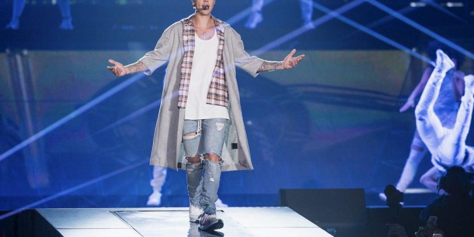 Hace más de un mes que el cantante decidió alejarse de las redes sociales por la presión de los fans. Foto:Getty Images