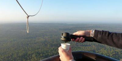 """""""La bomba Handpresso es totalmente manual. Se empieza acumulando presión mediante el bombeo de la máquina como una bomba de bicicleta."""" Foto:Tumblr"""