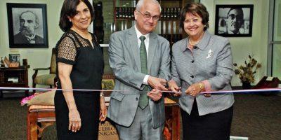 Inauguran Feria de Libros de Colección
