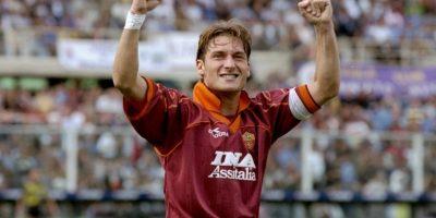 En 1997 toma la jineta de capitán de la Roma y no la suelta más. No por nada es Il Capitano de la Roma Foto:Getty Images