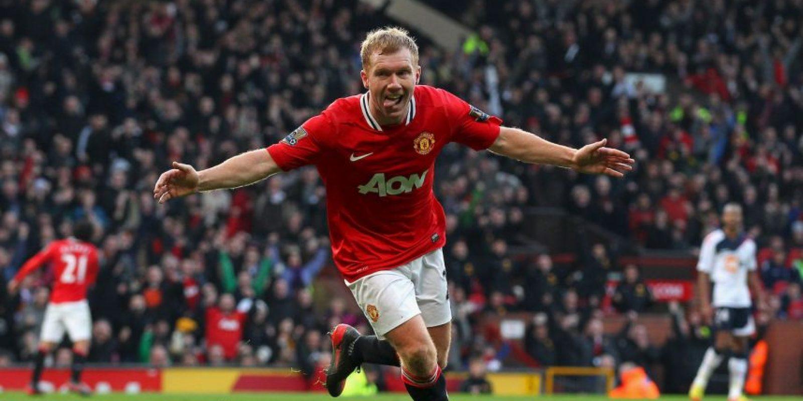 Estuvo toda su carrera en Manchester United y totalizó 20 campañas en Old Trafford, antes de retirarse en 2012/14. Su estadía en los Diablos Rojos le permitieron ser el futbolista inglés más laureado y sumó 25 títulos, entre los que destacan sus once Premier League y sus dos Champions League. Foto:Getty Images
