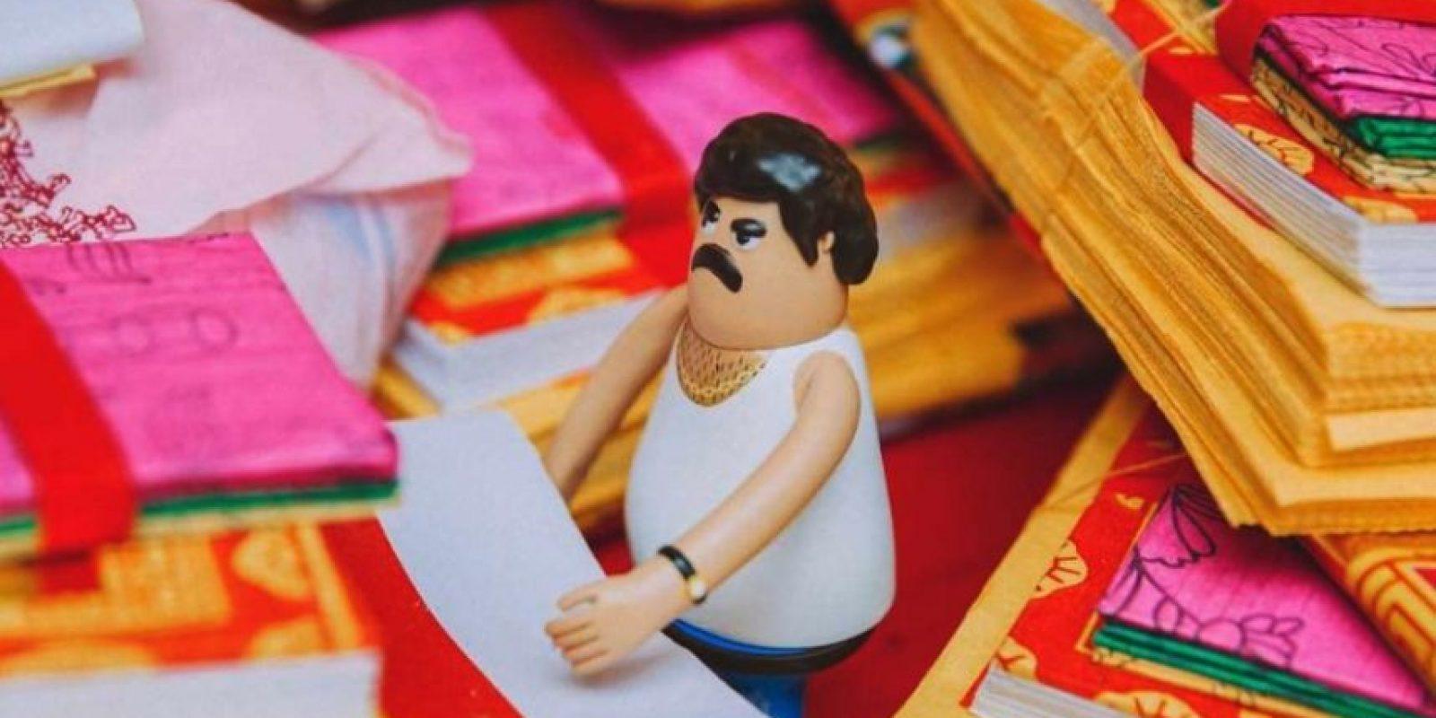 Crean juguete de Pablo Escobar Foto: Bito