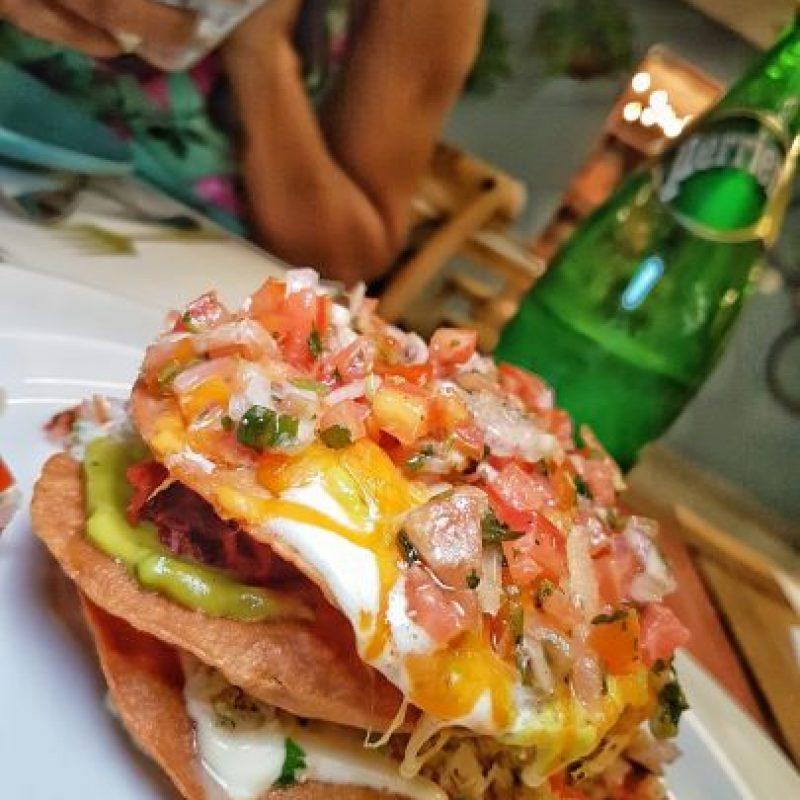 """Un toque mexicano. Este es su """"Sombrerito Mexicano"""", unos nachos súper diferentes. Foto:Fuente externa"""