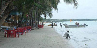 Un hombre se ahogó en Boca Chica tras lanzarse a la playa pese al mal tiempo