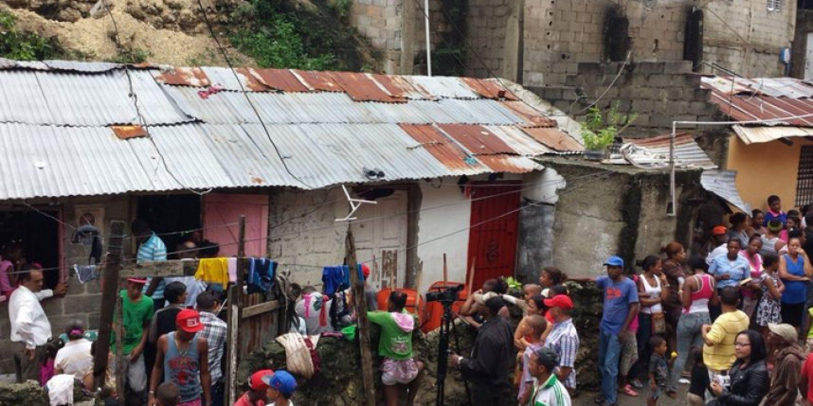 Un derrumbe de tierra en Capotillo, DN, provocó la muerte de una niña