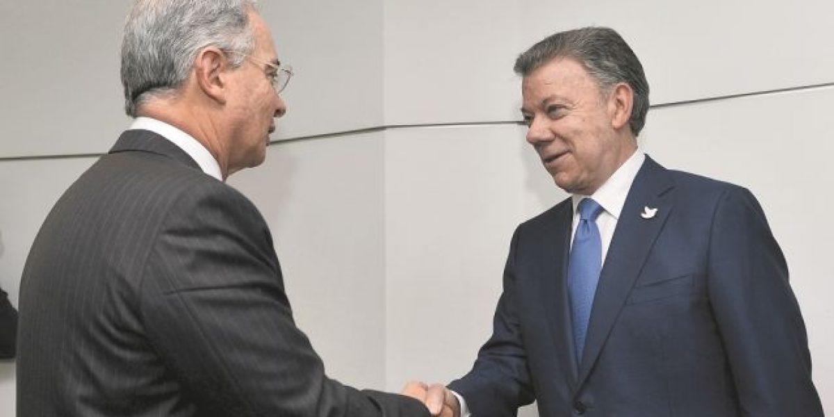 Santos y Uribe en histórica reunión