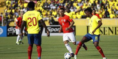 Ecuador aplastó a Chile, que pierde terreno