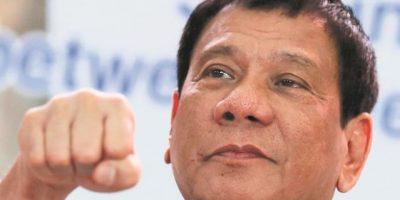 """Encuesta: los filipinos están  """"muy satisfechos"""" con Duterte"""