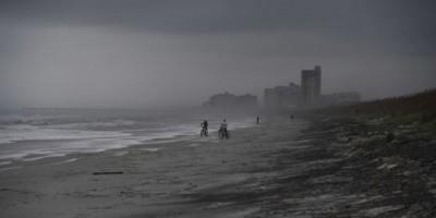 Autoridades de Miami confirman primer muerto por el Huracán Matthew