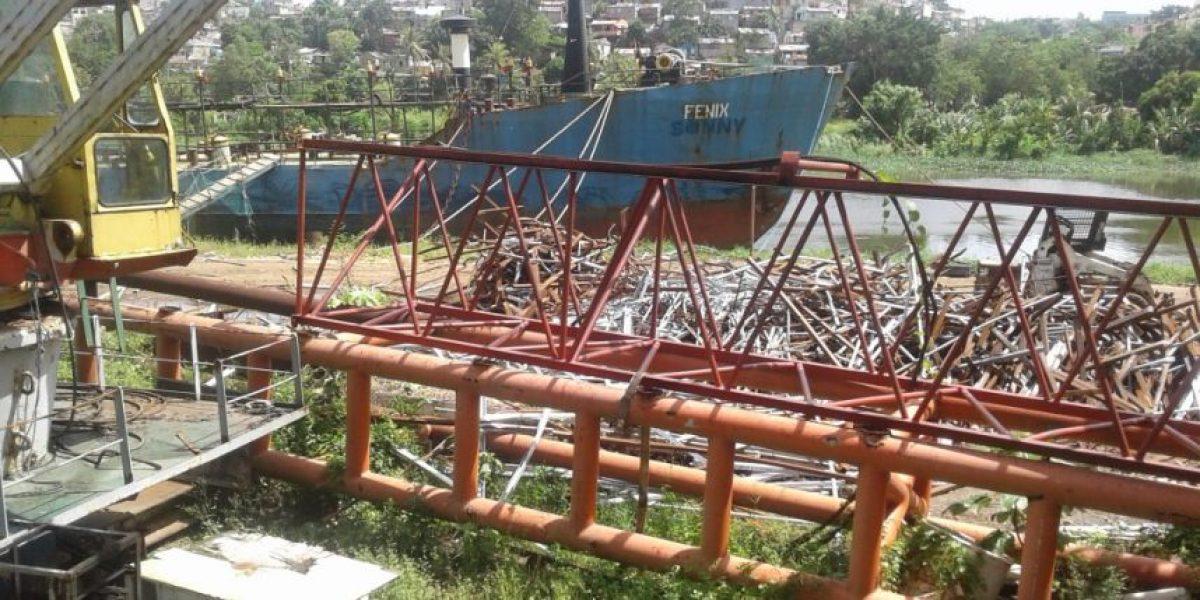 Medio Ambiente prohíbe desmantelamiento de barcos en los ríos Ozama e Isabela