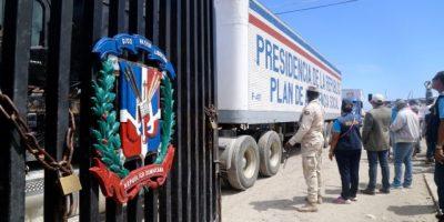 """República Dominicana entrega """"contundente"""" ayuda humanitaria a Haití"""