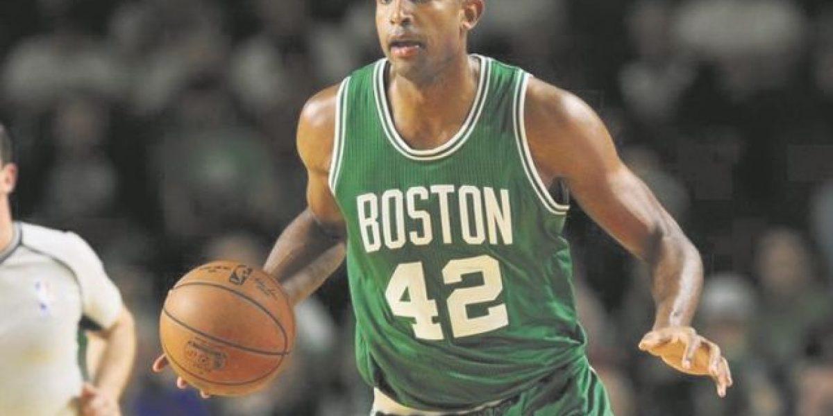Horford buscará  anillo con Boston