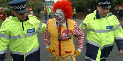 """Payasos asesinos"" dejan a Ronald McDonald al borde del desempleo"