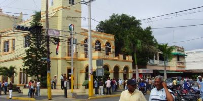 Alcaldía San Cristóbal recupera 52 solares cercados por particulares