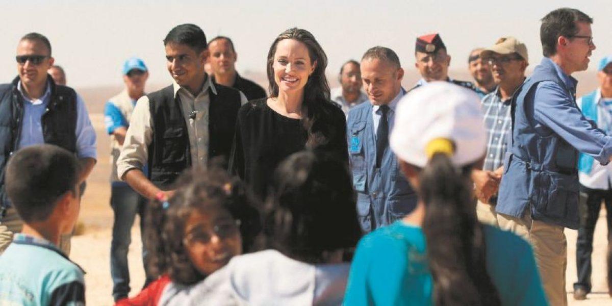 Primeras imágenes de Angelina Jolie en la playa después del divorcio