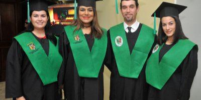 UCSD gradúa a 243 profesionales