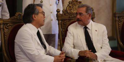 Danilo Medina recibe cartas credenciales de seis nuevos embajadores