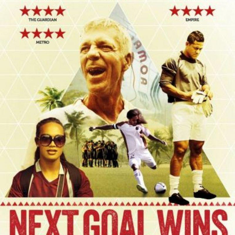 Next goal wins (director:Mike Brett, Steve Jamison-2014): Es considerado uno de los mejores documentales de fútbol. Relata la historia de la Samoa Americana que perdió 31-0 ante Australia y cómo salieron adelante después de la tremenda goleada sufrida.
