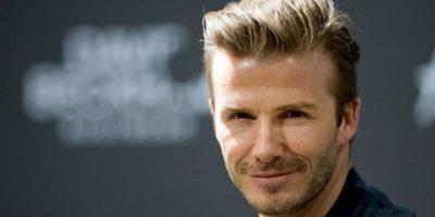 David Beckham fue distraído por rubia en minishort