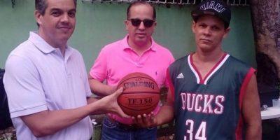 LNB y Spalding dominicana respaldan el Torneo Minibasket 2016