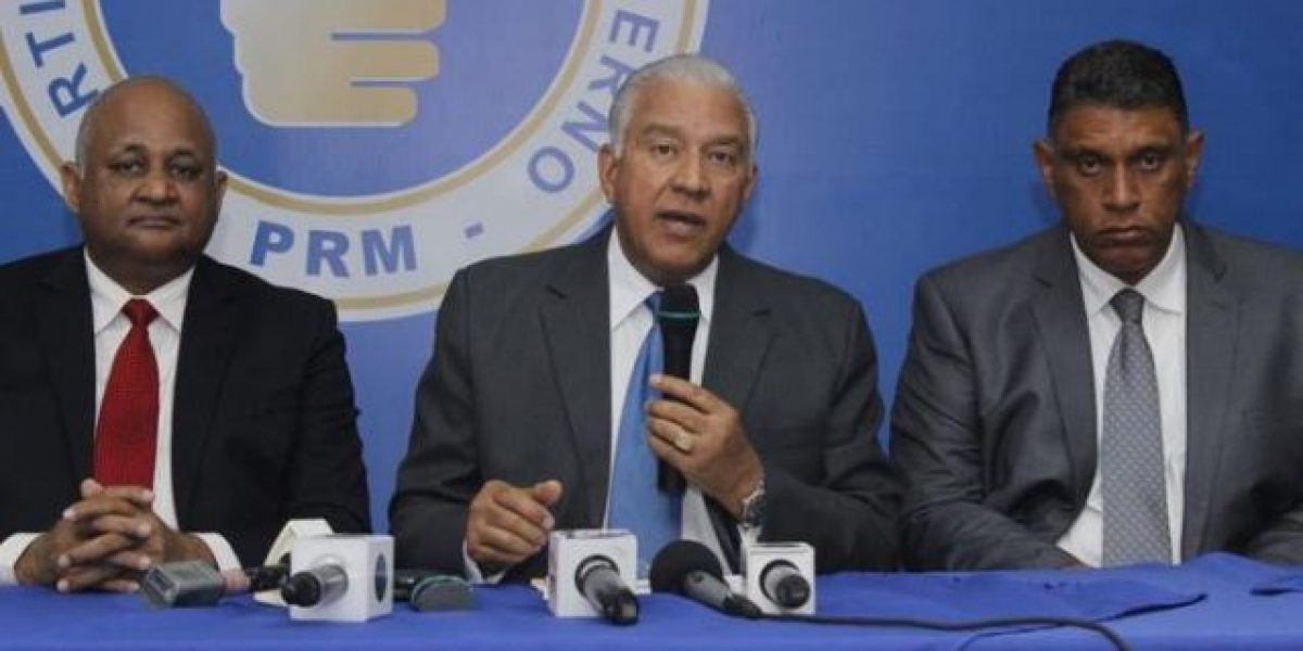 PRM denuncia intento de despojo de representante
