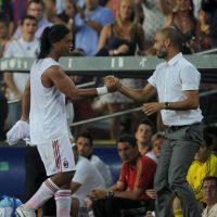 Ronaldinho (mediocampista): Cuando Pep Guardiola asumió en Barcelona, el brasileño venía en descenso. Foto:Getty Images