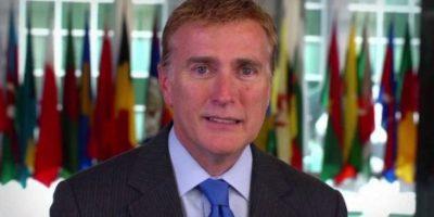 Embajada de EE.UU desmiente destitución de Brewster