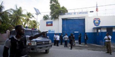 Más 100 reclusos se fugan de cárcel haitiana
